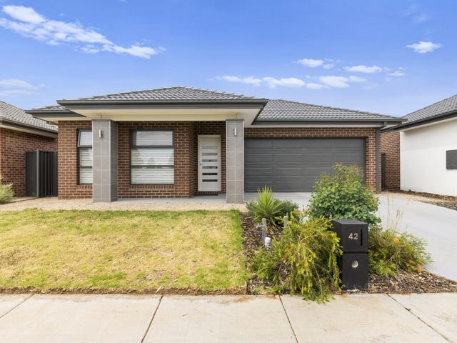 42 Bregman Esplanade, Manor Lakes, Vic 3024
