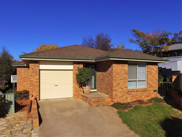3 Brocade Place, Young, NSW 2594