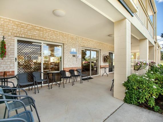 17/2-12 College Road, Southside, Qld 4570