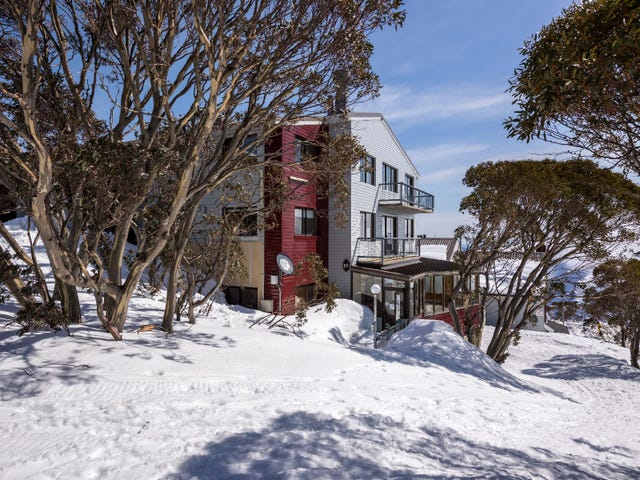 LAWLERS/35 Lawlers Court, Mount Hotham, Vic 3741