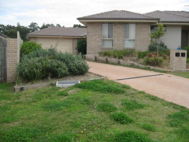 2/4 Pinetree Place, Ashtonfield, NSW 2323