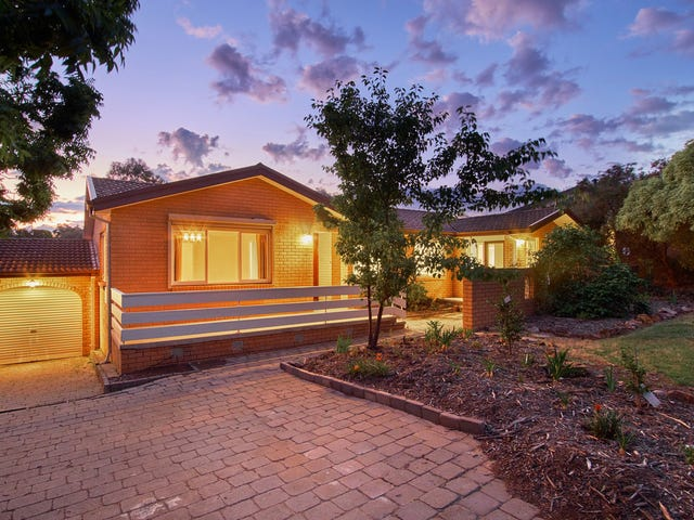 11 Crofts Crescent, Spence, ACT 2615