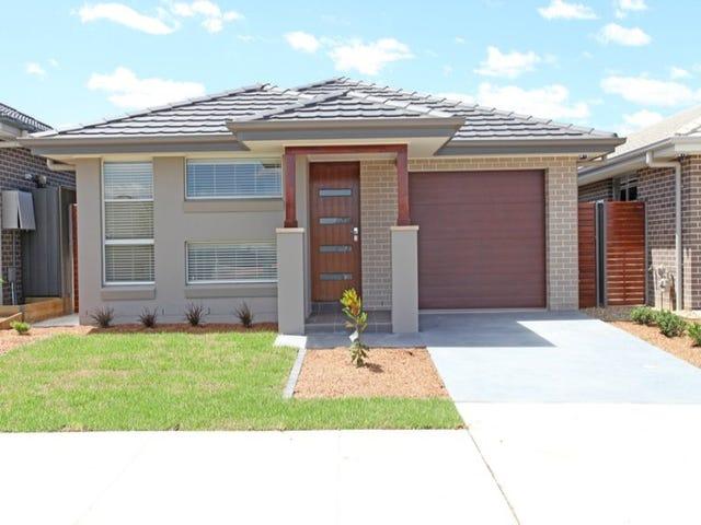 40 Plymouth Boulevard, Spring Farm, NSW 2570