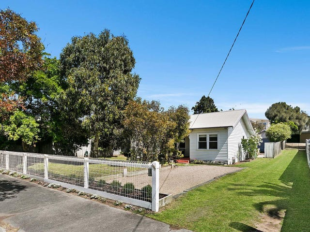 194 Ocean Beach Road, Sorrento, Vic 3943