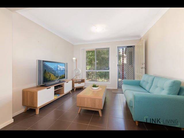 27/2-8 Meadowbrook Place, Meadowbrook, Qld 4131