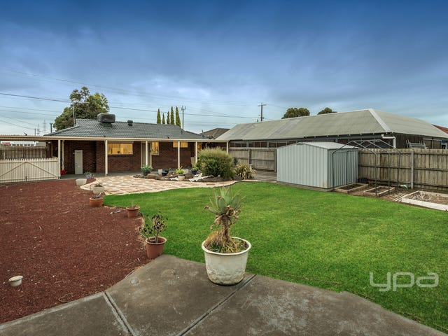 48 Robinsons Road, Deer Park, Vic 3023