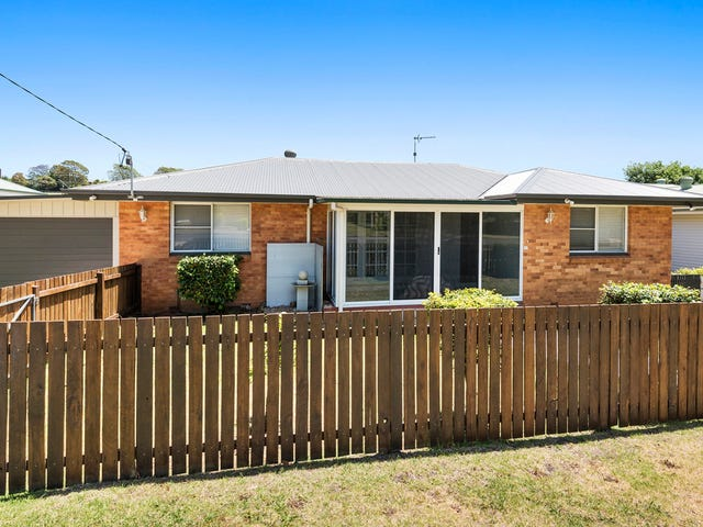27 Teesdale Avenue, Newtown, Qld 4350