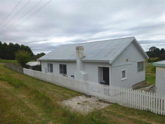 30 Douglas Street, Beaconsfield, Tas 7270