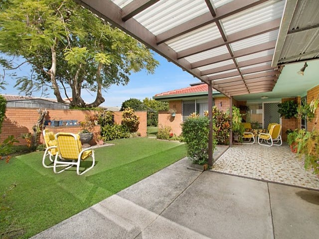 30 Sandpiper Drive, Burleigh Waters, Qld 4220