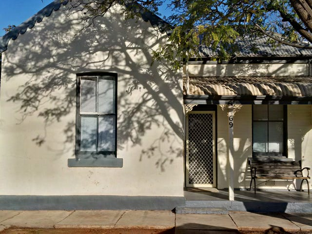 69 Newton Street, Broken Hill, NSW 2880