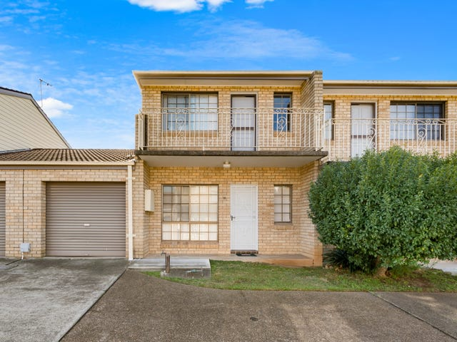 11/17 Lagonda Drive, Ingleburn, NSW 2565