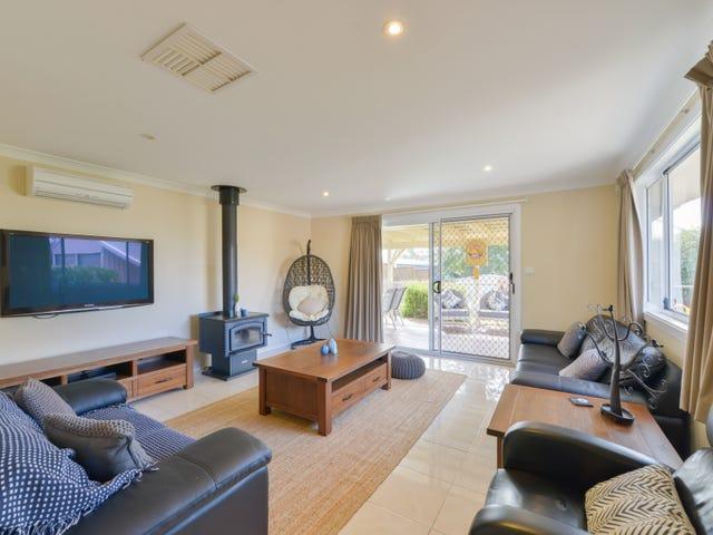 26 Windhover Crescent, Tamworth, NSW 2340