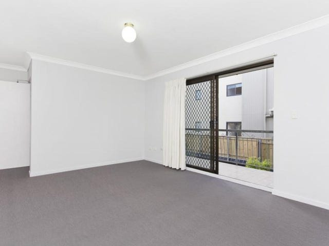 2/50 Knowsley Street, Greenslopes, Qld 4120