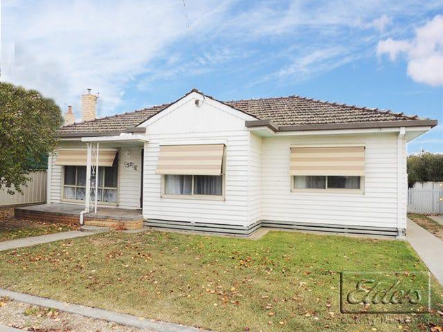 52 Montgomery Crescent, White Hills, Vic 3550