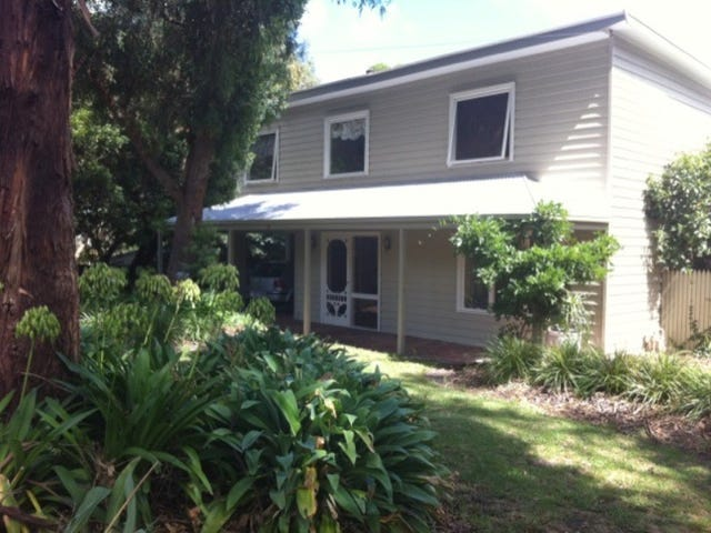 4 Carrathool Avenue, Rosebud, Vic 3939