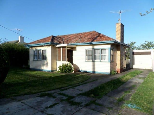 7 Hamlyn Avenue, Hamlyn Heights, Vic 3215