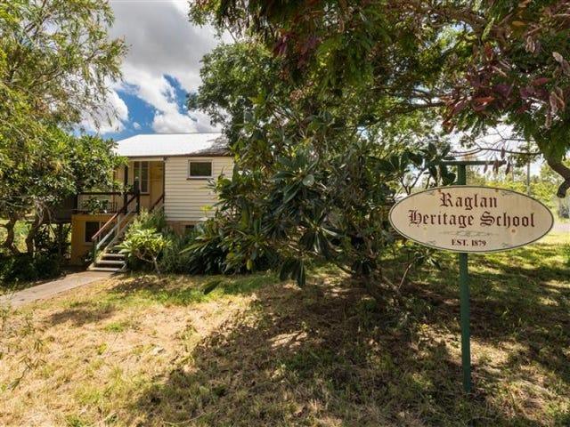 18 Langmorn Street, Raglan, Qld 4697