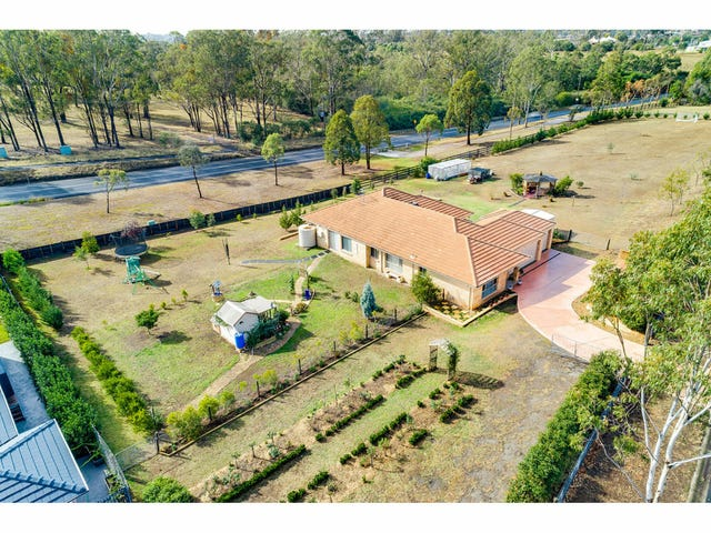 25 Yewens Circuit, Grasmere, NSW 2570
