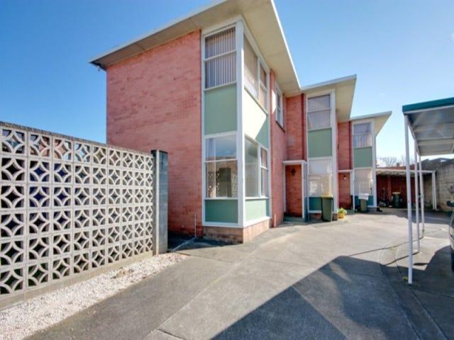 2/71 Gunn Street, Devonport, Tas 7310