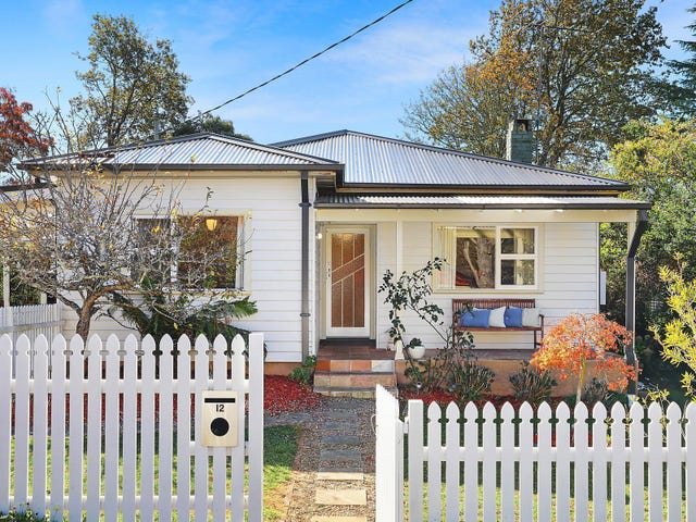 12 Rodova Street, Katoomba, NSW 2780