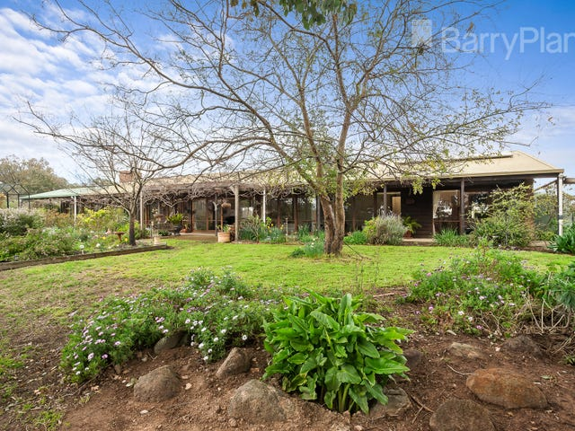 80 Charlber Lane, St Andrews, Vic 3761