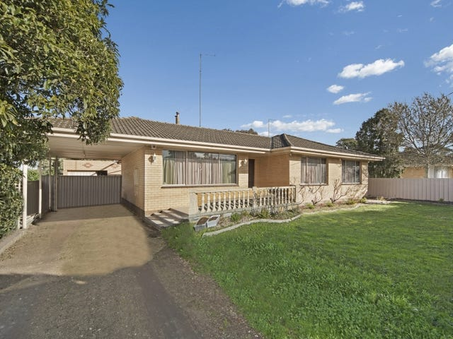 5 Whitelaw Avenue, Delacombe, Vic 3356