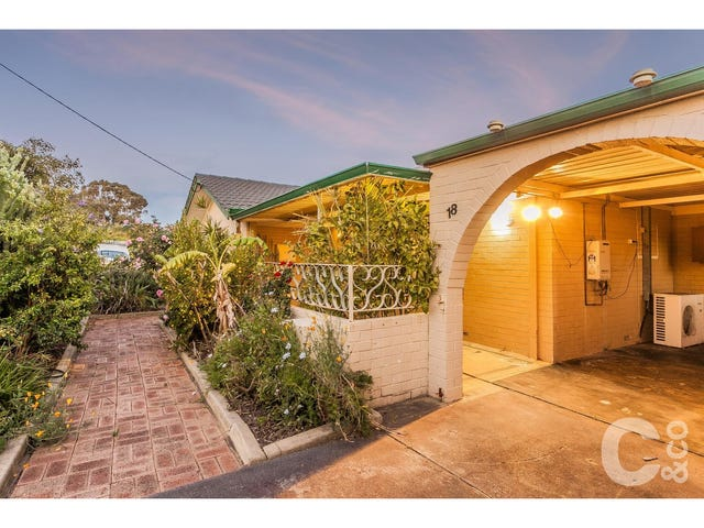 18 Barron Way, Orelia, WA 6167