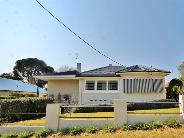 54 Caple Street, Young, NSW 2594