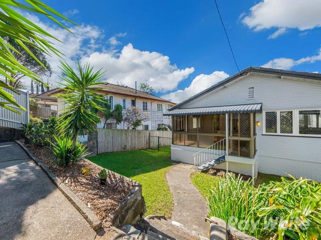 377 Webster Road, Stafford Heights, Qld 4053