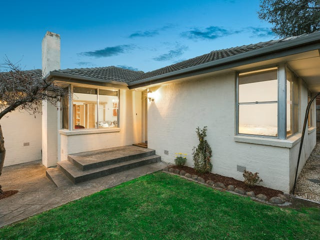 18 Pleasant Rise, Croydon South, Vic 3136