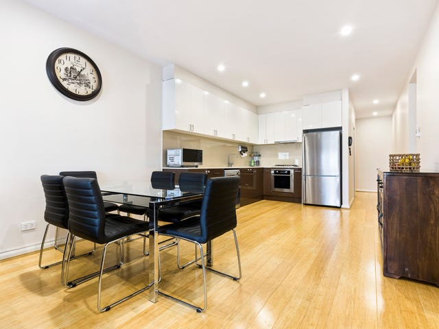 2/70 Ferntree Gully Road, Oakleigh East, Vic 3166