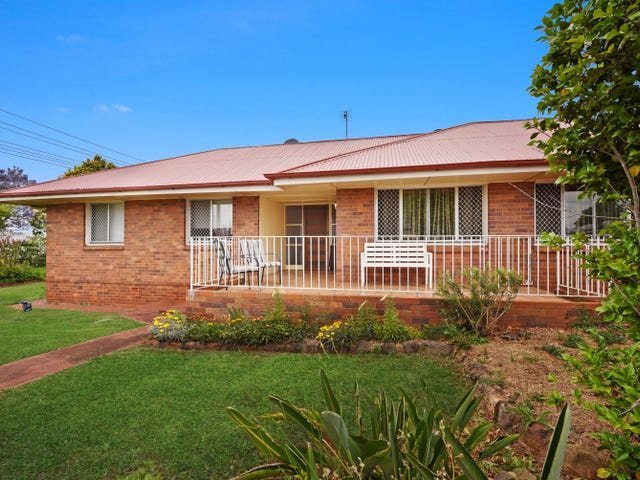 305 West Street, Harristown, Qld 4350
