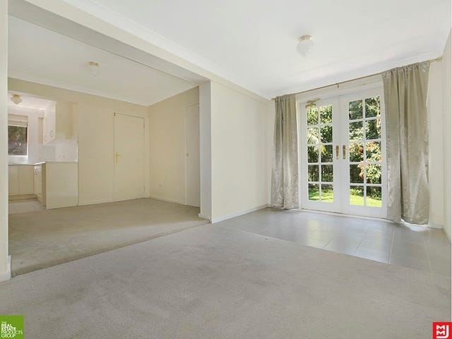 1/26 Euroka Street, West Wollongong, NSW 2500