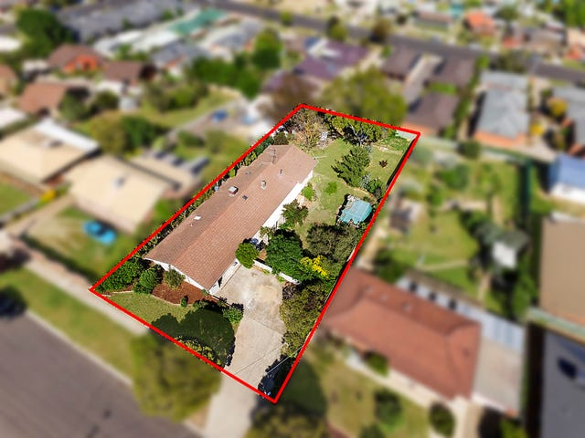 24 Hill Street, Kangaroo Flat, Vic 3555