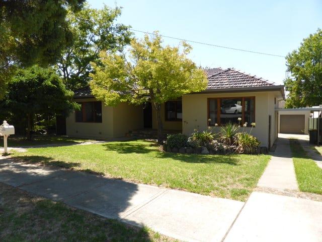 704 Morningside Place, Albury, NSW 2640