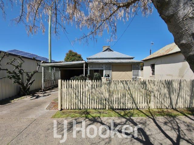 128 Bentinck Street, Bathurst, NSW 2795