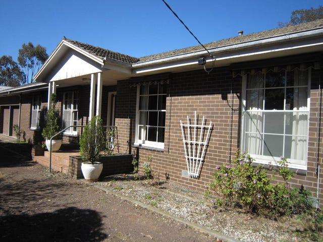 10 Ross Road, Batesford, Vic 3213