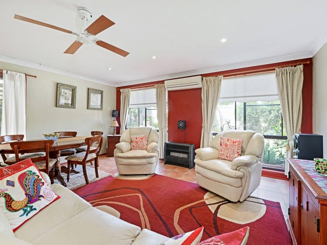 10 Antonio Cl, Rosemeadow, NSW 2560