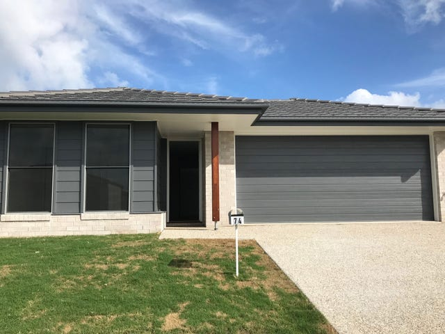 74 Cod Circuit, Bongaree, Qld 4507