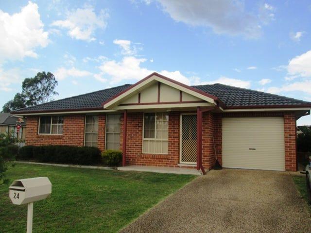 1/24 Streeton Drive, Metford, NSW 2323