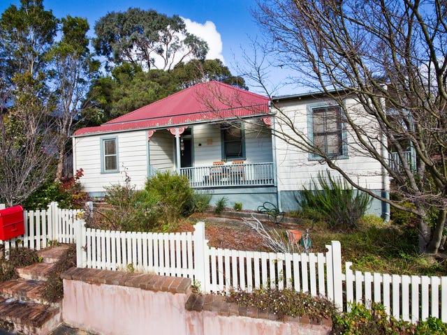 8 Edwards Street, Katoomba, NSW 2780