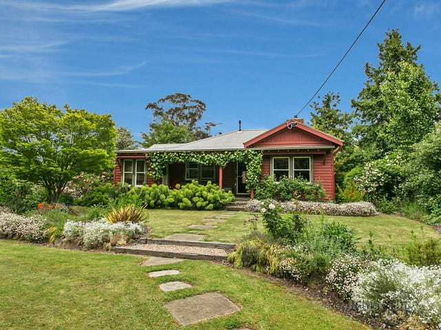 1951 Mount Macedon Road, Woodend, Vic 3442