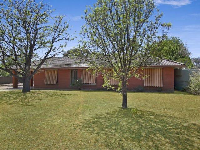 12 Park View Drive, Serpentine, Vic 3517