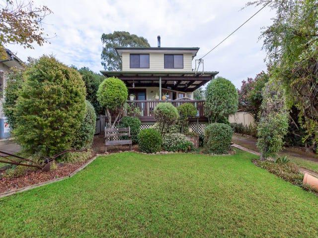 8 Richard Avenue, Campbelltown, NSW 2560