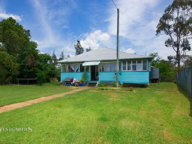 67 Campbell Street, Oakey, Qld 4401