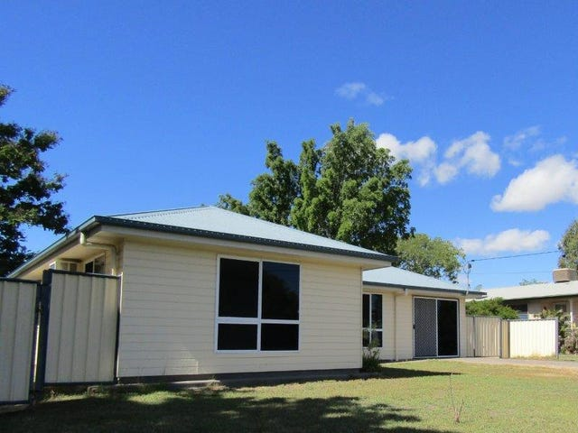 17 Long Street, Blackwater, Qld 4717