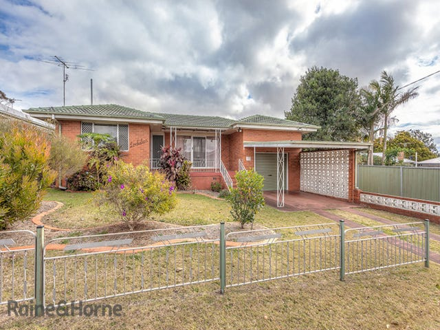 1 Jewell Street, Centenary Heights, Qld 4350