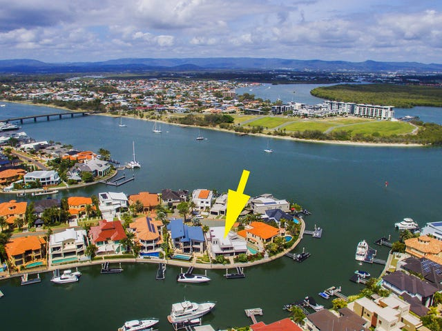 15 King James Court, Sovereign Islands, Qld 4216