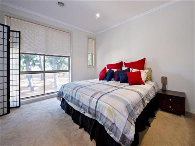 3  Houghton Drive, Ferntree Gully, Vic 3156