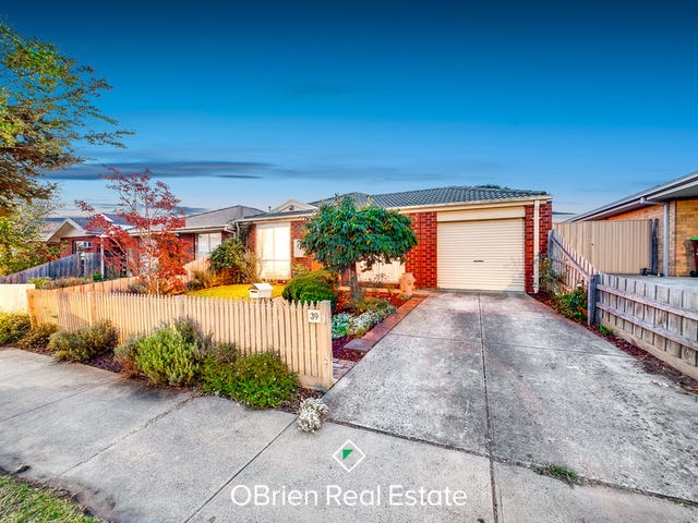 39 Bates Street, Cranbourne West, Vic 3977